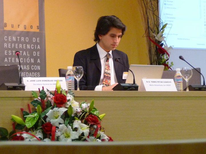 Breve texto sobre ELA enfocado a pacientes parte 1 por Yerko Ivanovic